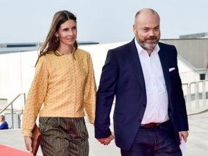 bernard arnault, giorgio armani... les 15 personnalités les plus riches de l'industrie de la mode - bi5 300x225 - Bernard Arnault, Giorgio Armani… Les 15 personnalités les plus riches de l'industrie de la mode