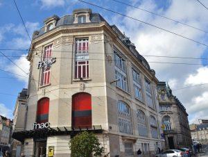 voici comment françois-henri pinault a construit sa fortune et dépense son argent - FH Pinault 2 300x226 - Voici comment François-Henri Pinault a construit sa fortune et dépense son argent