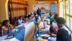 the okwelians fellows class : bertoua accueille la 1ere edition - IMG 20210412 120615 182 01 300x171 - THE OKWELIANS FELLOWS CLASS : BERTOUA ACCUEILLE LA 1ERE EDITION